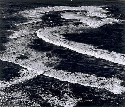 An image of Heavy seas, Newport Reef