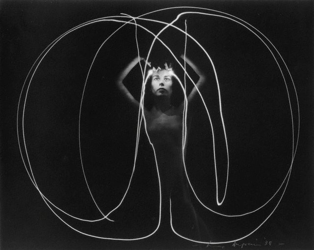 An image of Untitled (Nude with light traces)