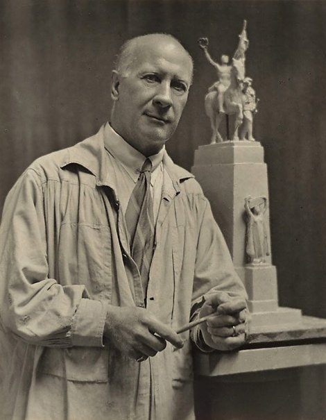An image of Bertram Mackennal by Harold Cazneaux