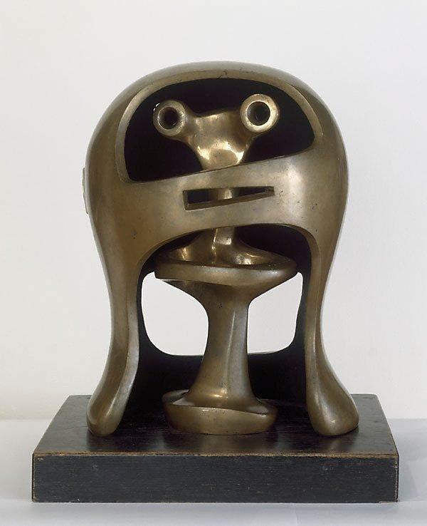 An image of Helmet head no. 2