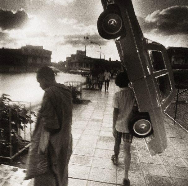 An image of Papier mâché Mercedes – Bangkok