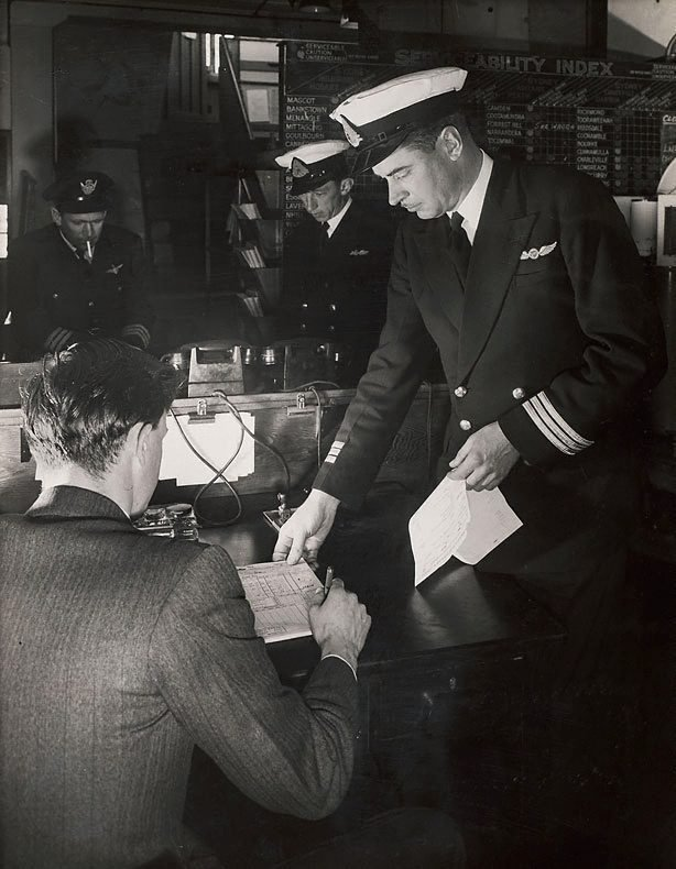 An image of Untitled (pilots in office)
