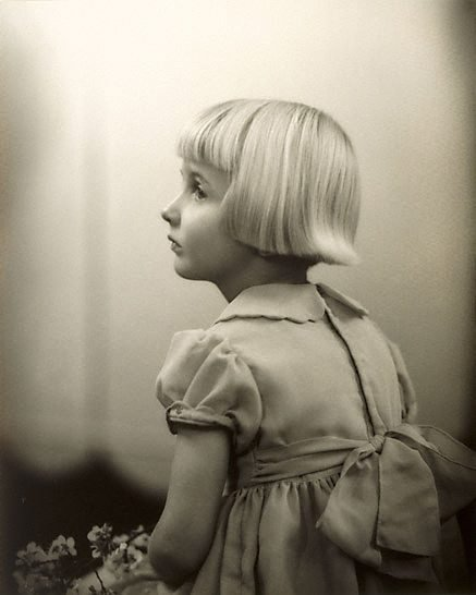 An image of Profile, child study by Harold Cazneaux