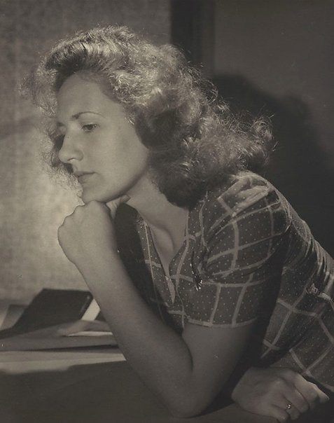 An image of Untitled (woman in profile) by Max Dupain