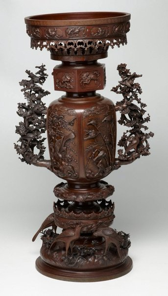 An image of Bronze incense burner by Hashimoto Eijirô