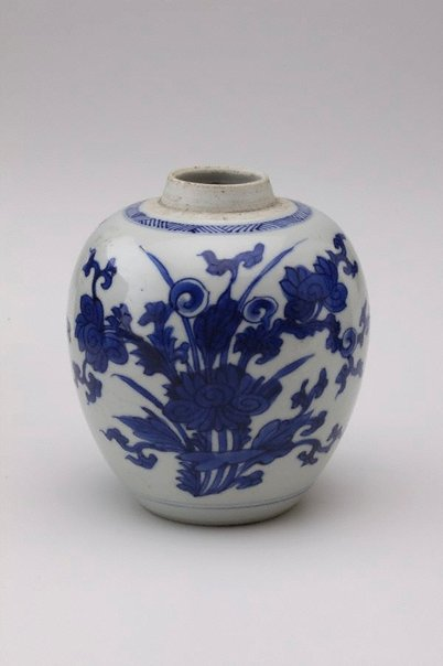 An image of Small ginger jar decorated with flowers by
