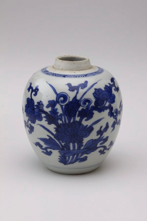 An image of Small ginger jar decorated with flowers