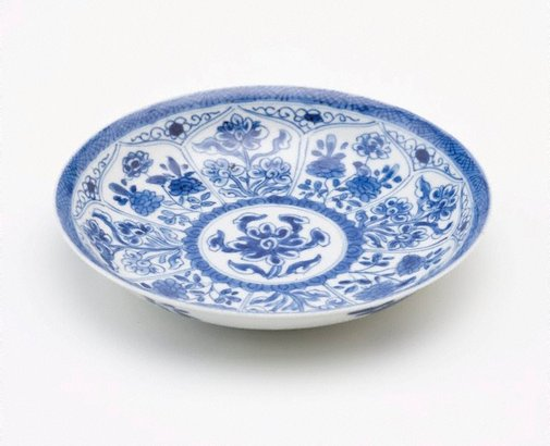 An image of Saucer decorated with panels of flowers by Export ware