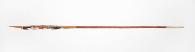 An image of Gupapuyngu birrkili bati (spear)