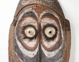 Alternate image of Gable mask from ceremonial house facade by attrib. Kapriman people