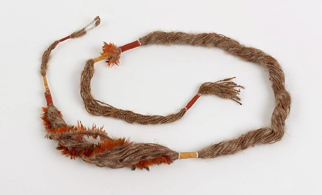 An image of Ceremonial string