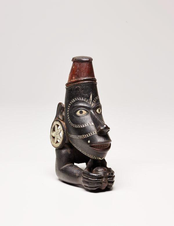 An image of Canoe figurehead (nguzunguzu, musu musu, or toto isu)
