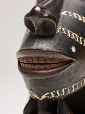Alternate image of Nguzunguzu or Toto isu (canoe figurehead) by Solomon Islands people