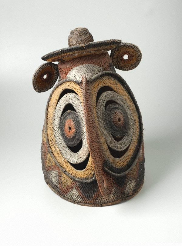 An image of Baba or yau-baba (bell-shaped woven mask)