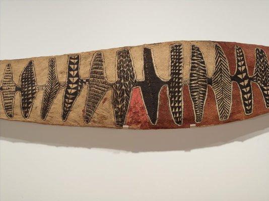 Alternate image of Rmarki (day dance display ornament) by Baining people