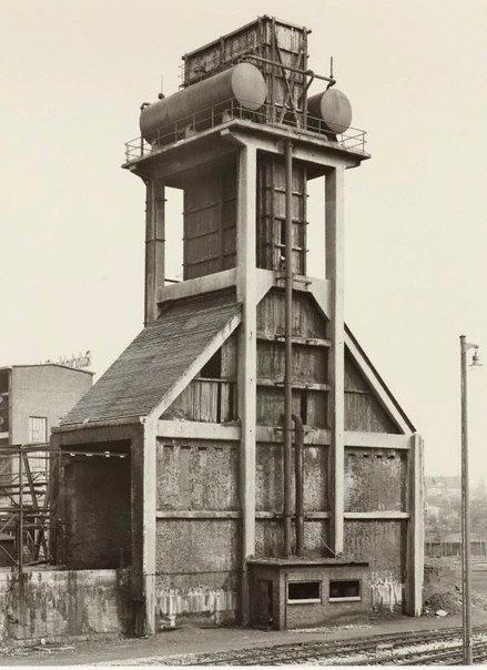 An image of Quenching towers: Zeche Emscher-Lippe, Datteln, D by Bernd Becher, Hilla Becher