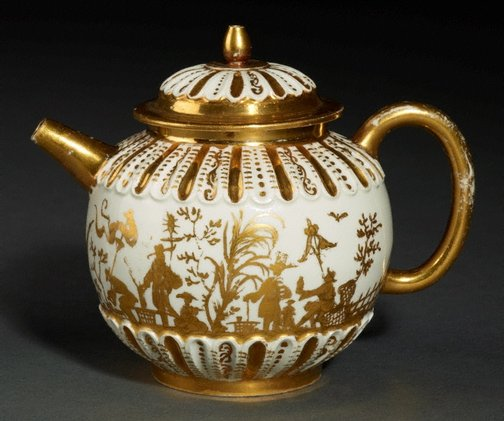 An image of Teapot and cover by Meissen