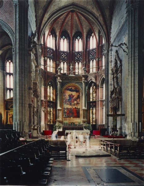 An image of Chiesa dei Frari by Thomas Struth