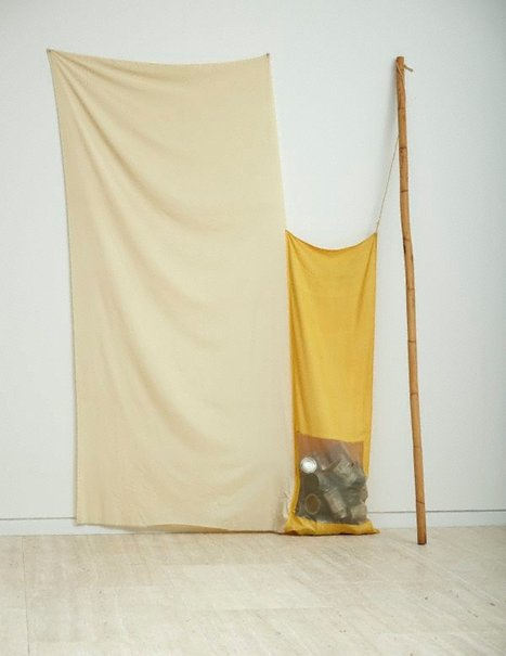 An image of Nugget by Robert Rauschenberg