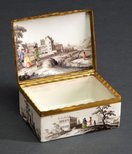 Alternate image of Snuff box by Vienna porcelain