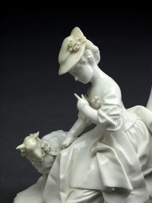 Alternate image of Seated shepherdess with lamb, model by Höchst