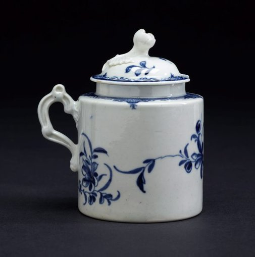 An image of Mustard pot and cover by Worcester