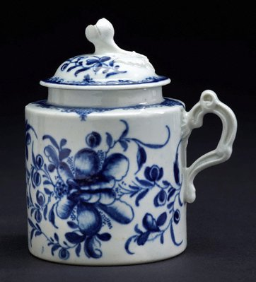 Alternate image of Mustard pot and cover by Worcester