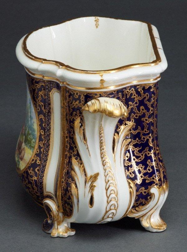 An image of Flower vase (cuvette Courteille)