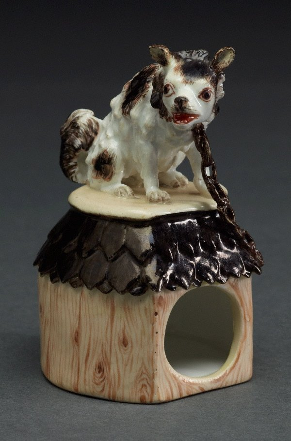 An image of Dog on kennel