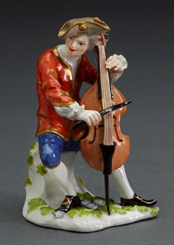 An image of Cellist