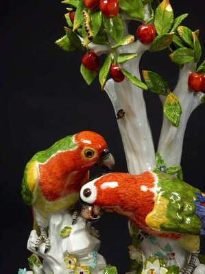 Alternate image of Parrots, model by Meissen