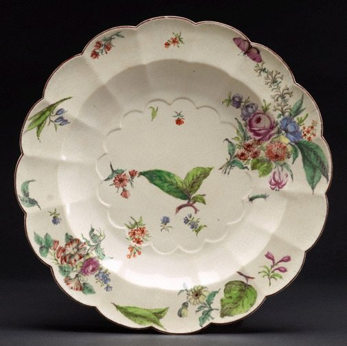 An image of Large dish by Chelsea