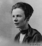 Alternate image of Portrait of Grace Crowley in Paris by P. Deibo