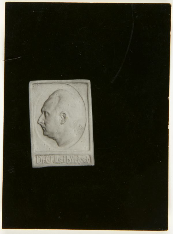 An image of Image of plaster cast of Dr C. F. Liebried memorial by Eleonore Lange