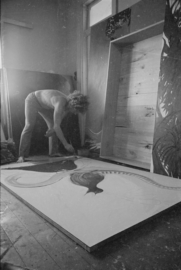 An image of Brett Whiteley in his studio