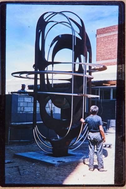 An image of Installation of Adelaide sculpture 1972 by Margel Hinder in Waymouth Street, Adelaide by Unknown