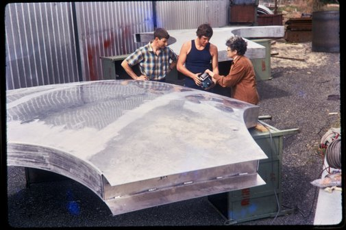 An image of Construction of Woden sculpture by Margel Hinder at Smithfield with the artist and fabricators by Unknown