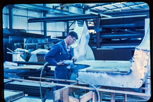 An image of Construction of Woden sculpture by Margel Hinder at Smithfield with fabricator Michael Snook by Unknown