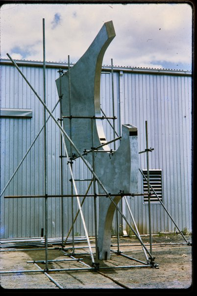 An image of Construction of Woden sculpture by Margel Hinder at Smithfield by Unknown