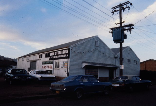 An image of Exterior of Singleton venue for the 'Upper Hunter Valley environment exhibition'