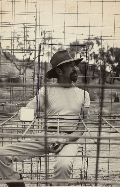 An image of Herbert Flugelman in his 'Australian cottage' 1973 by Unknown