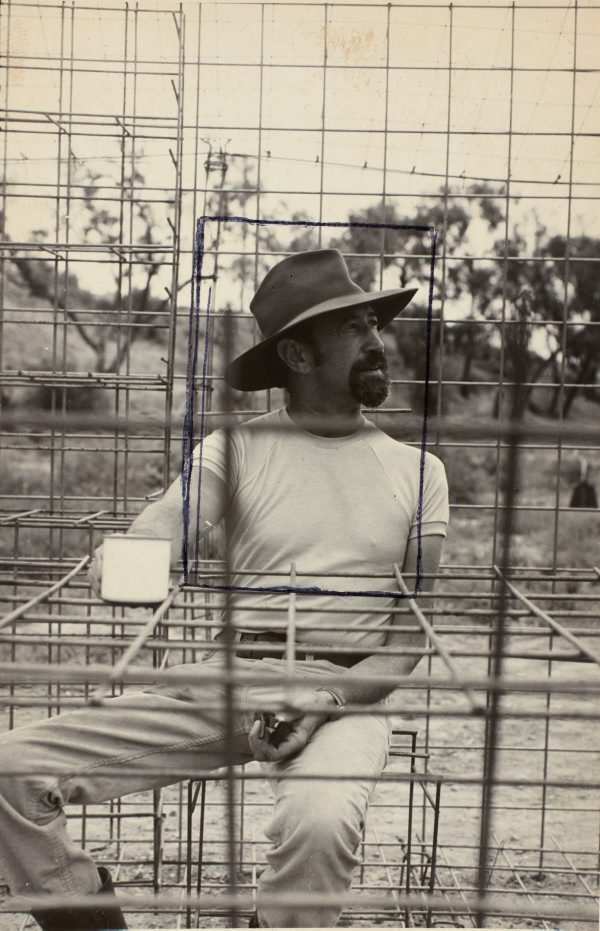 An image of Herbert Flugelman in his 'Australian cottage' 1973