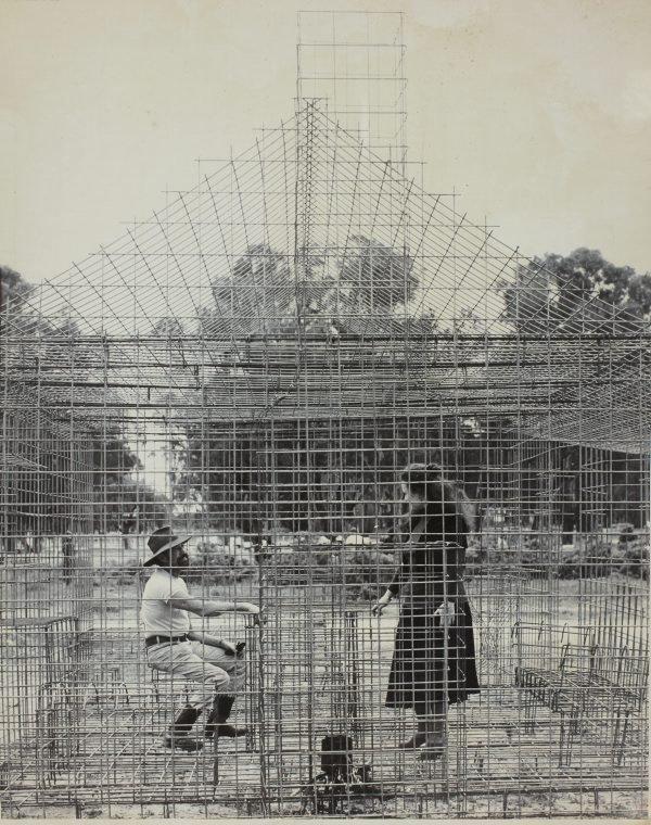 An image of Herbert Flugelman and Julie Ewington inside 'Australian cottage' 1973