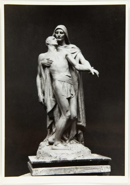 An image of Image of a sketch model for Blackburn War Memorial by Bertram Mackennal by Unknown