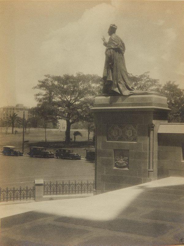 An image of Untitled (Statue of Cardinal Moran by Bertram Mackennal)