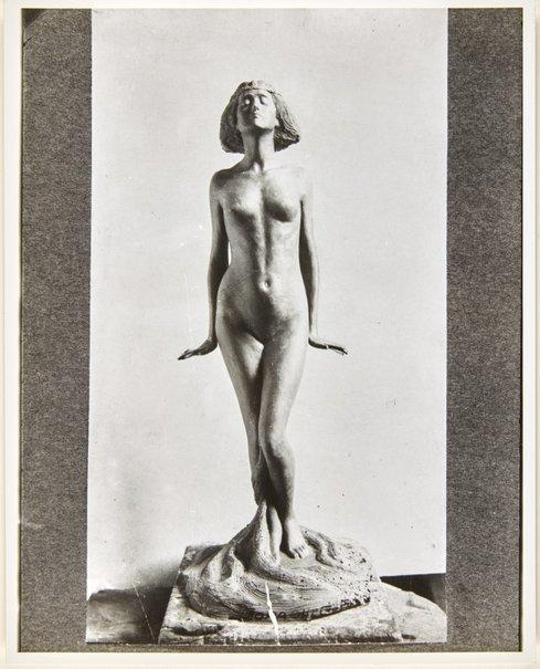 An image of Image of plaster cast for 'Le septième voile' by Dora Ohlfsen by Dora Ohlfsen