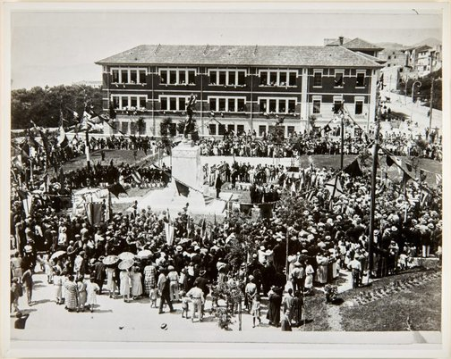 An image of Dedication of the Formia war memorial by Dora Ohlfsen by Adolfo Porry-Pastorel