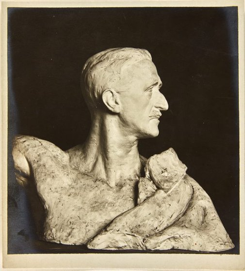 An image of Image of plaster cast for bronze bust of Colonel Duke di Valminuta by Dora Ohlfsen by Dora Ohlfsen
