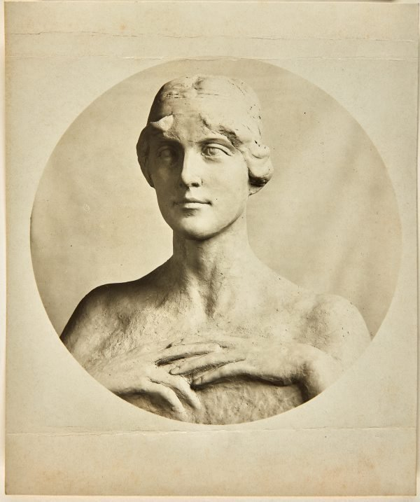 An image of Image of plaster study for marble bust of Mrs Piercy by Dora Ohlfsen