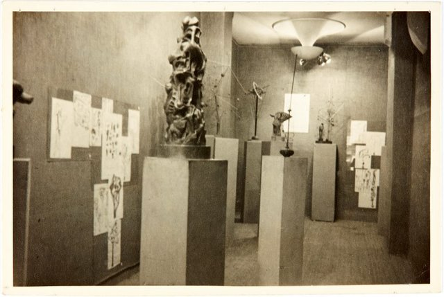 An image of Exhibition of Robert Klippel works at Galerie Nina Dausset in Paris